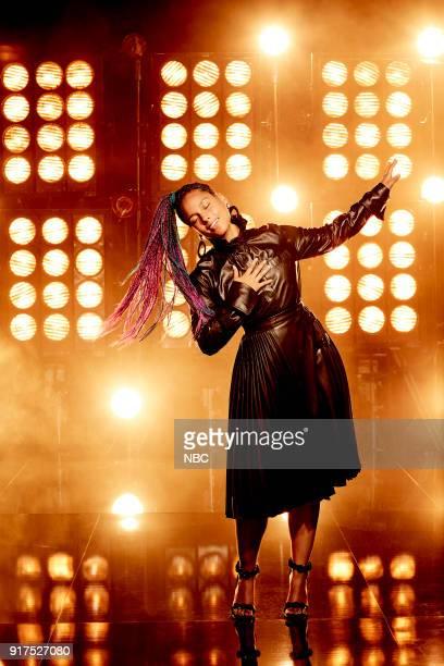14 Pictured Alicia Keys