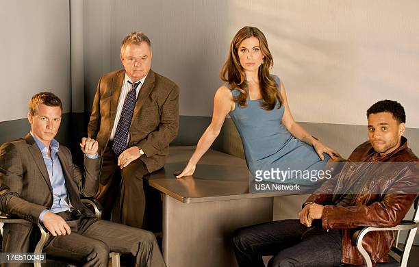 Warren Kole as Wes Mitchell Jack McGee as Captain Sutton Sonya Walger as Dr Emma Ryan Michael Ealy as Travis Marks