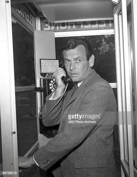 FUGITIVE season 3 David Janssen Crack in the Crystal Ball airdate 9/28/65