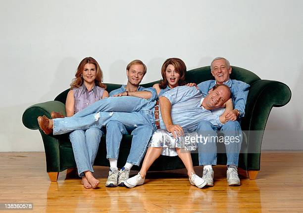 Kelsey Grammer as Dr Frasier Crane Peri Gilpin as Roz Doyle David Hyde Pierce as Dr Niles Crane Jane Leeves as Daphne Moon John Mahoney as Martin...