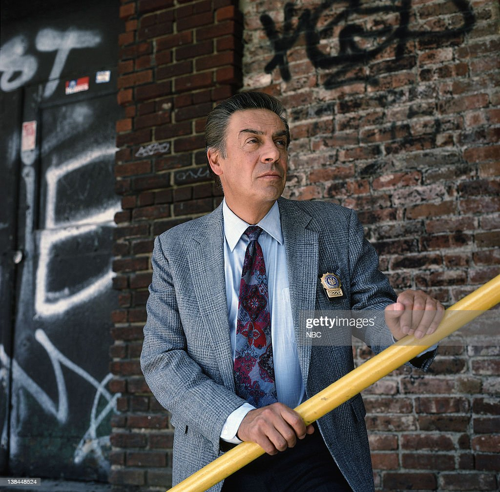[Image: season-6-pictured-jerry-orbach-as-detect...6G_mqZQrs=]
