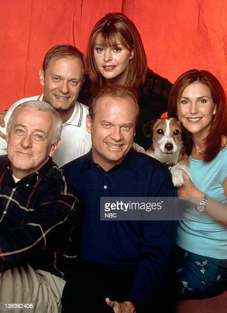 John Mahoney as Martin Crane David Hyde Pierce as Dr Niles Crane Jane Leeves as Daphne Moon Peri Gilpin as Roz Doyle Moose as Eddie Kelsey Grammer as...