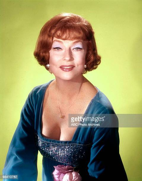 BEWITCHED Season 8 1971 GALLERY AGNES MOOREHEAD