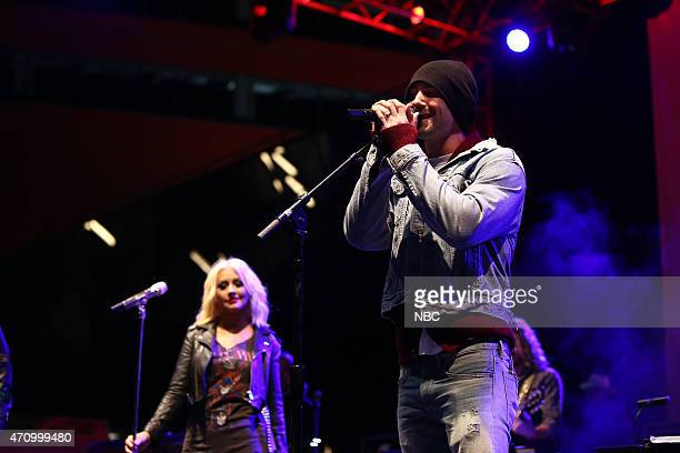 THE VOICE Season 8 Coaches Top 8 Contestants Concert Pictured Christina Aguilera Adam Levine