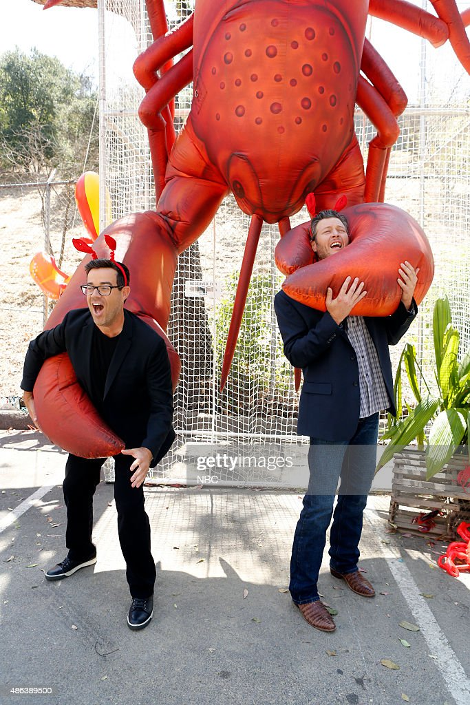 THE VOICE -- 'Season 9 Press Junket and Clam Bake' -- Pictured: (l-r) Carson Daly, Blake Shelton --