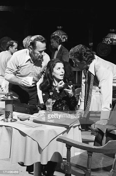 Director Wes Kenney Susan Seaforth Hayes as Julie Banning Peter Brown as Dr Greg Peters during rehearsal on July 3 1974