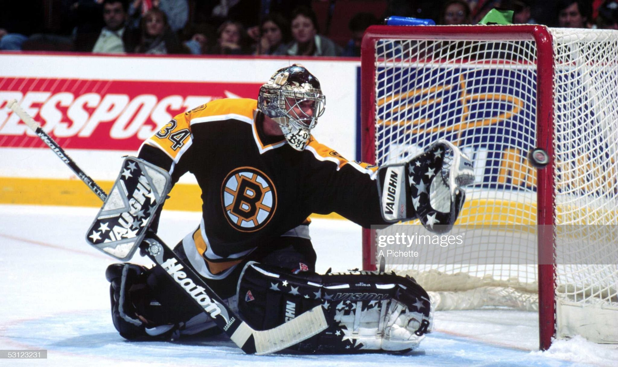 season-boston-goaltender-byron-dafoe-str