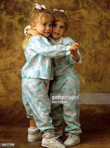 HOUSE Season Four Olsen twins gallery 9/21/90 Ashley and twin Mary Kate Olsen star on ABC's 'Full House'