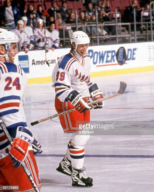 Gretzky celebrates getting his 1851st Assist giving him more assists than any other player has points