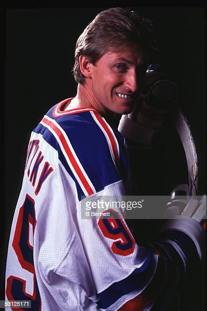 Gretzky setup And Player Wayne Gretzky