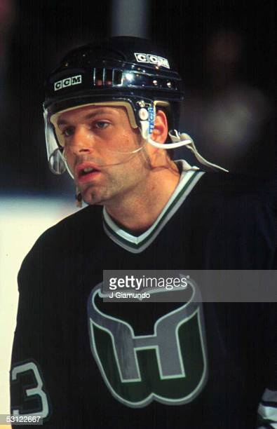 Jimmy Carson of the Hartford Whalers