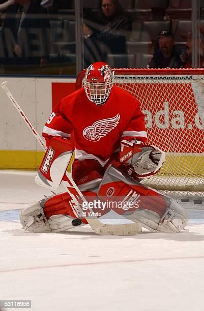 Leafs vs Detroit Redwings on December 6th and Player Dominik Hasek