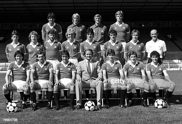 Season Manchester United FC Photocall The Manchester United team lineup for a group picture Back Row LR Nikola Jovanovic Gary Bailey Paddy Roche...