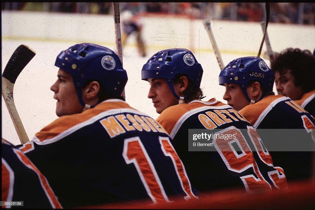 Messier, Gretzky, Kurri... : News Photo