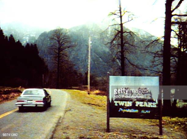 PEAKS Season One 4/26/90 Homecoming queen Laura Palmer is found dead washed up on a riverbank wrapped in plastic sheeting FBI Special Agent Dale...