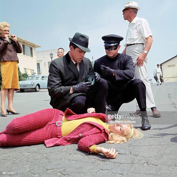 HORNET Season One 9/9/66 Britt Reid was a millionaire newspaper publisher who moonlights as the crimefighting masked hero the Green Hornet to battle...