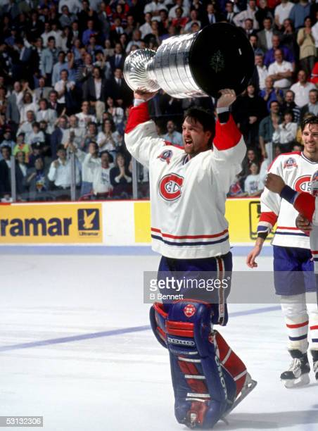 Patrick Roy raises the cup, 1993 Stanley Cup.