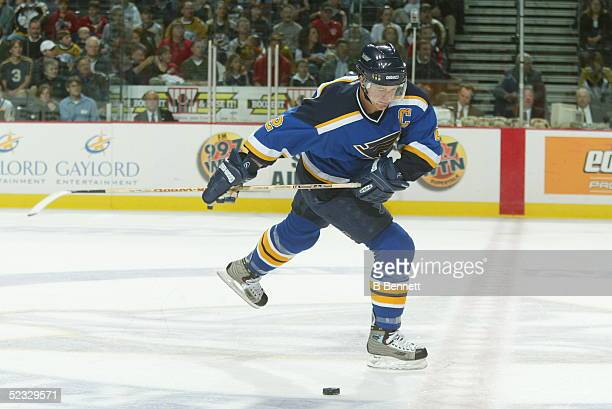 Player Al Macinnis of the St Louis Blues