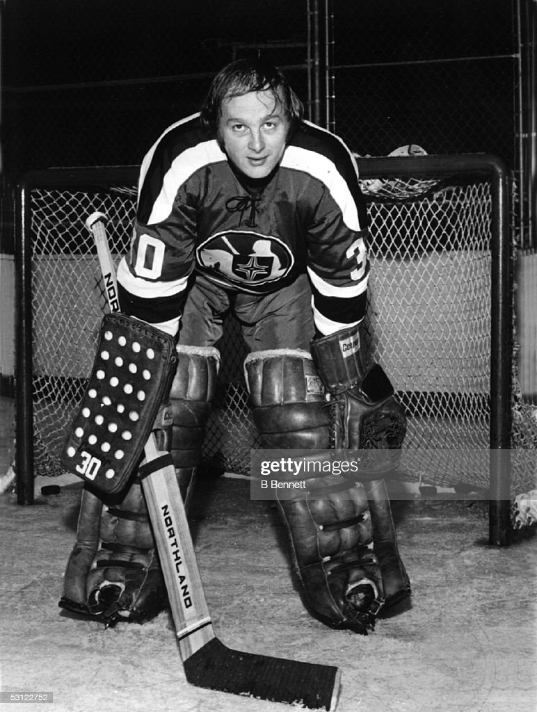 Player Gerry Cheevers... : News Photo