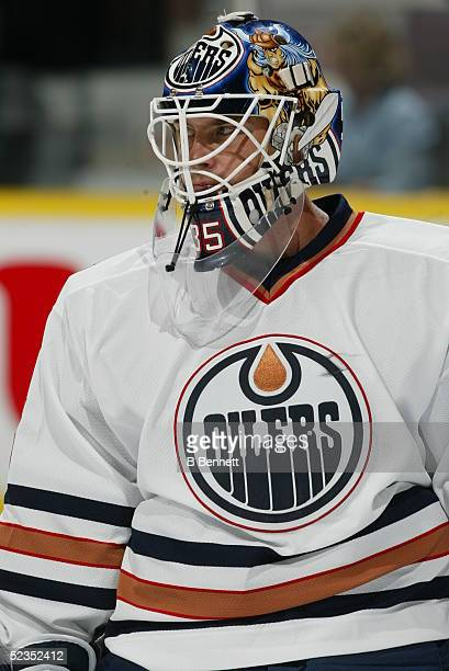 Player Tommy Salo of the Edmonton Oilers