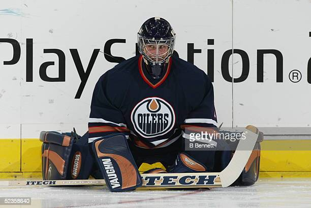 Player Ty Conklin of the Edmonton Oilers