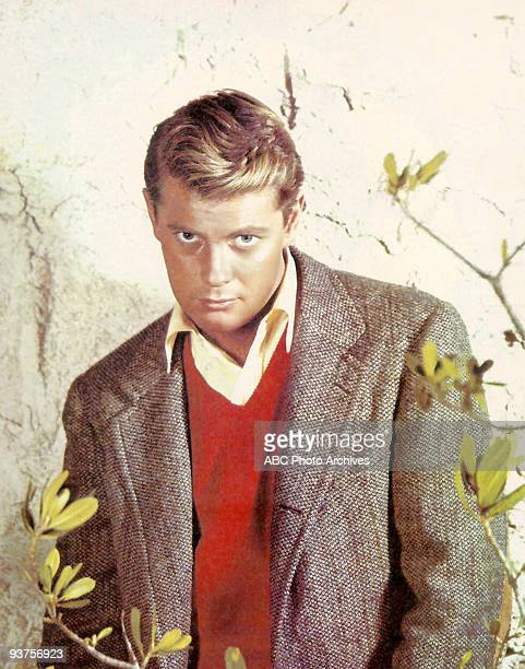 EYE Season Three 1/3/62 Troy Donahue in autographed publicity photo