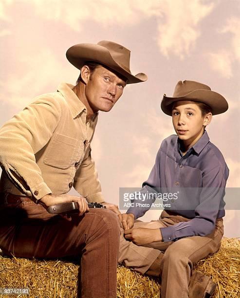 RIFLEMAN Season Three 5/9/61 Chuck Connors Johnny Crawford