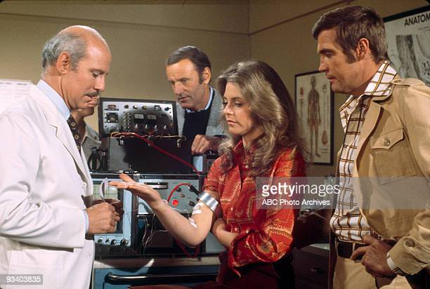 WOMAN Season Two 3/16/75 Pictured from left Alan Oppenheimer Richard Anderson Lindsay Wagner Lee Majors