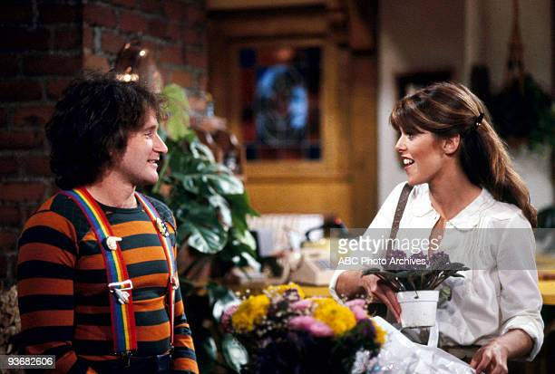 MORK MINDY Season Two Clerical Error 1979 Robin Williams Pam Dawber