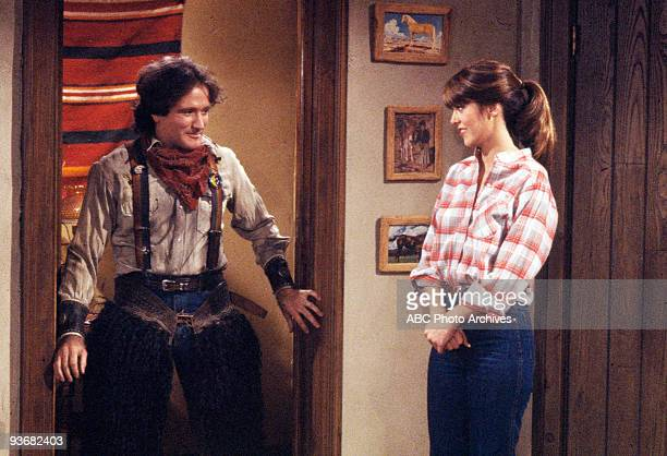 MORK MINDY Season Two Mork's Vacation 1979 Robin Williams Pam Dawber