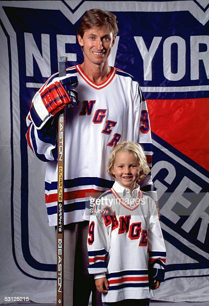 Wayne Gretzky and son Ty And Player Wayne Gretzky