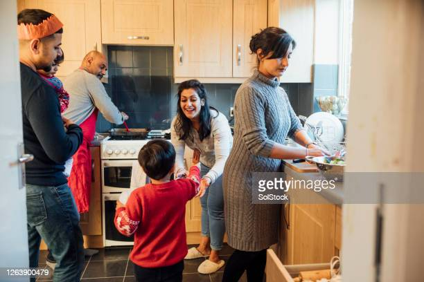 seasonal bonding - busy stock pictures, royalty-free photos & images