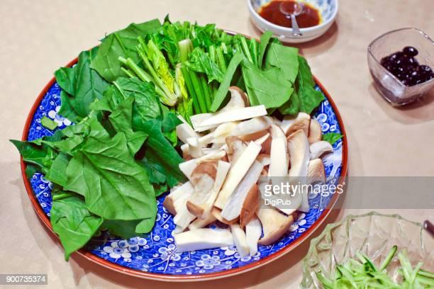 Seasonal Food and Drink - Seasonal Winter Spinach