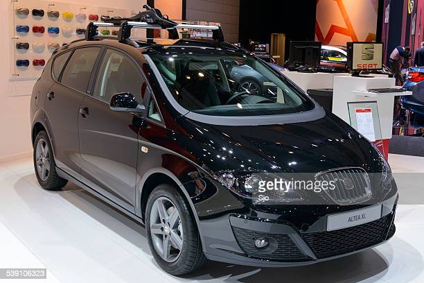 seat altea compact mpv car - altea stock photos and pictures