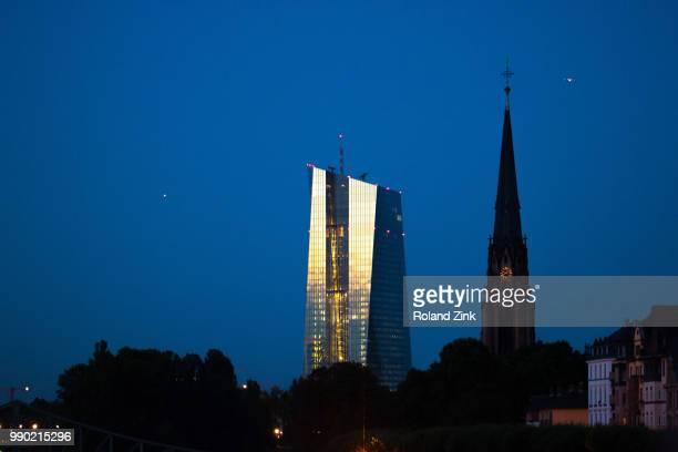 seat of the european central bank (neubau der europschen zentralbank) - seat of the european central bank stock photos and pictures