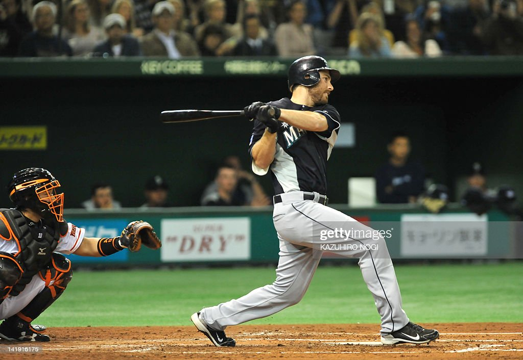 Seattle Mariners infiedler Dustin Ackley : News Photo