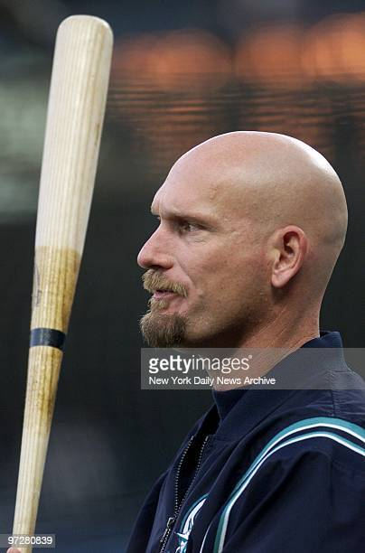 Seattle Mariners' Jay Buhner at batting practice prior to the start of Game 4 of the American League Championship Series against the New York Yankees...