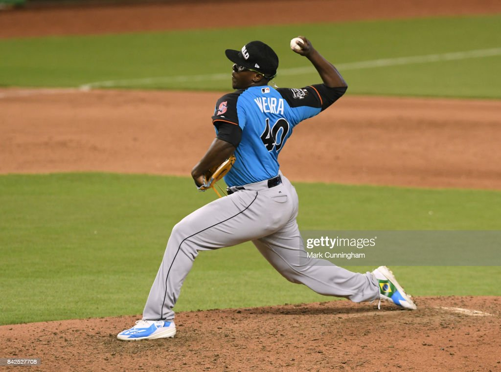 Seattle Mariners prospect Thyago Vieira #40 of the World Team pitches during the 2017 SiriusXM All-Star Futures Game at Marlins Park on July 9, 2017 in Miami, Florida.