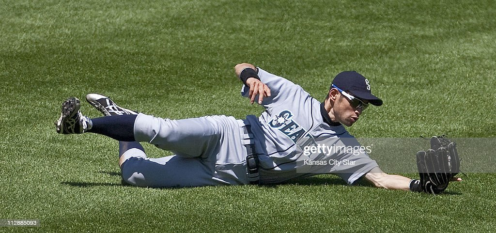 Mariners-Royals Pictures | Getty Images