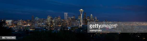 seattle night skyline panorama - seattle stock pictures, royalty-free photos & images