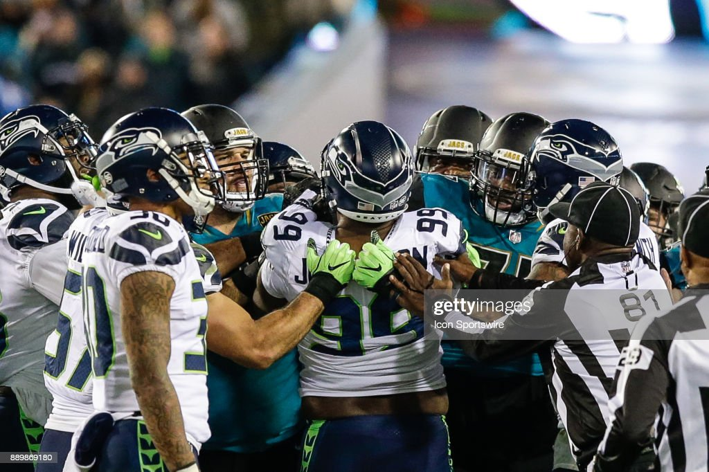 NFL: DEC 10 Seahawks at Jaguars : News Photo