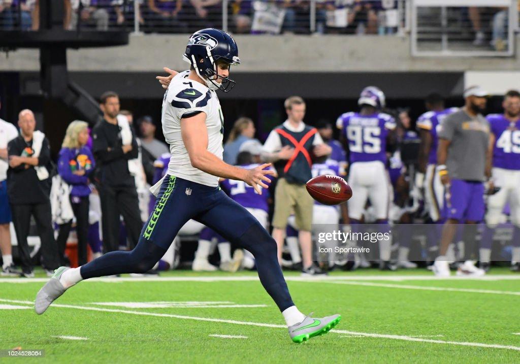 NFL: AUG 24 Preseason - Seahawks at Vikings : News Photo