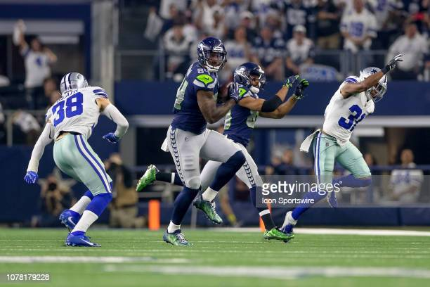 Seattle Seahawks tight end Ed Dickson makes a reception during the NFC wildcard playoff game between the Seattle Seahawks and Dallas Cowboys on...