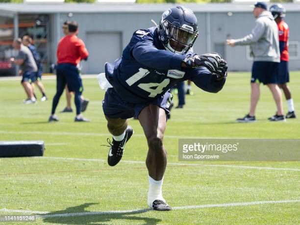 Seattle Seahawks wide receiver DK Metcalf misses a pass during the Seahawks Rookie MiniCamp on May 04 at Virginia Mason Athletic Center in Renton WA