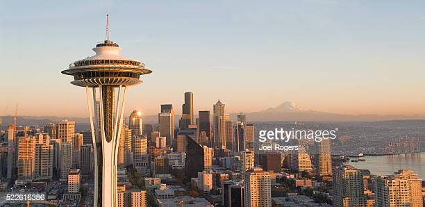 seattle skyline and space needle - seattle stock pictures, royalty-free photos & images
