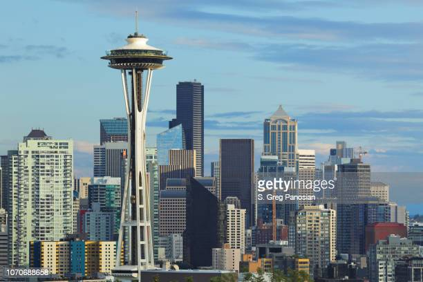 seattle skyline - space needle - washington - seattle stock pictures, royalty-free photos & images