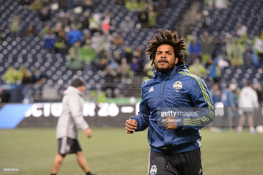 Colorado Rapids v Seattle Sounders - Western Conference Finals - Leg 1 : News Photo