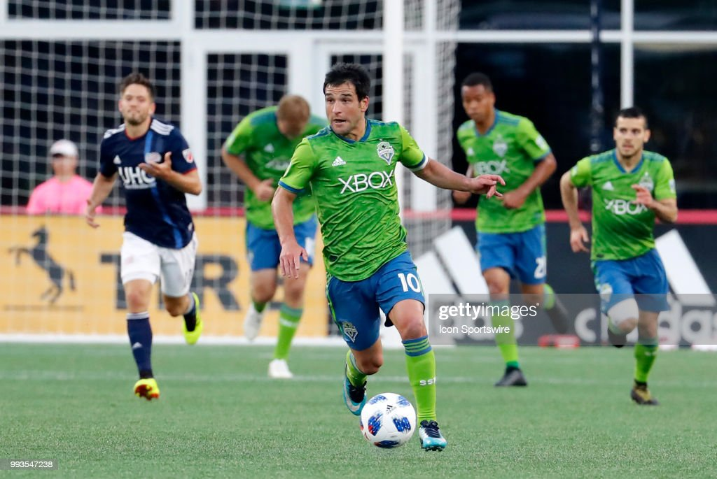 Seattle Sounders FC midfielder Nicolas Lodeiro (8) takes off on the counter during a match between the New England Revolution and Seattle Sounders FC on July 7, 2018, at Gillette Stadium in Foxborough, Massachusetts. The teams played to a scoreless draw.