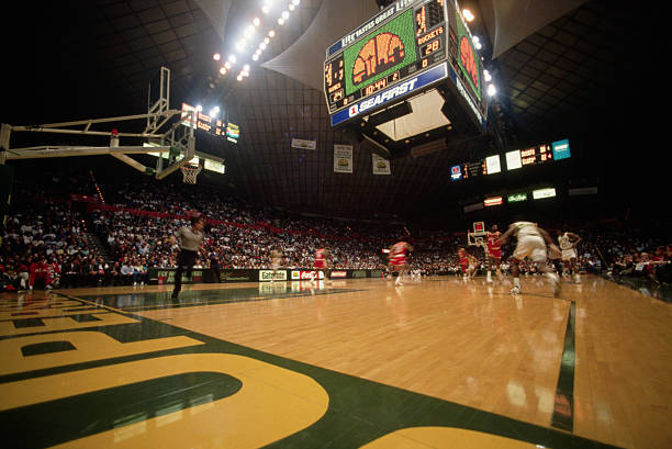 Seattle Supersonics Playing the Houston Rockets