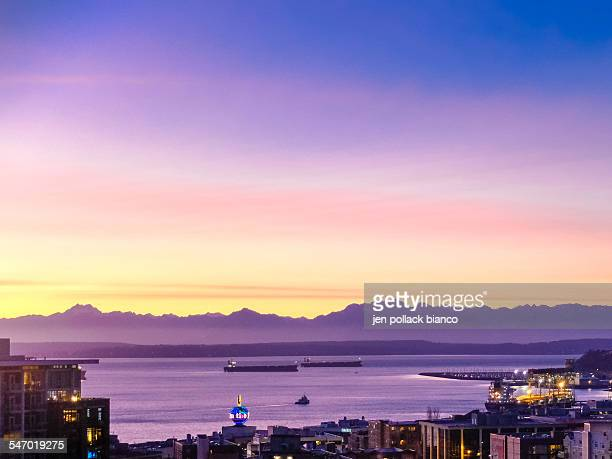 Seattle, Washington USA at sunset